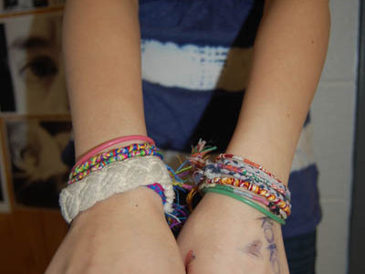 Originality reflected in handmade bracelets