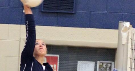 Cousins Mikala Wolter, Skyler Johnson enjoy Varsity volleyball