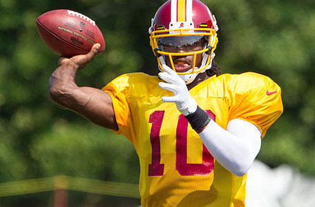 Opinion: RGIII doesn't live up to the hype
