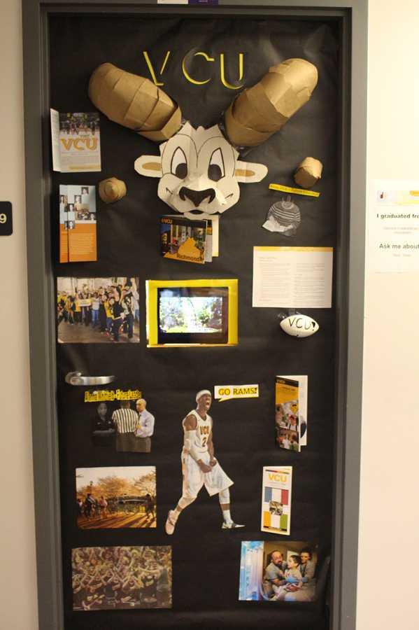 college door decorating contest  u2013 hhs media
