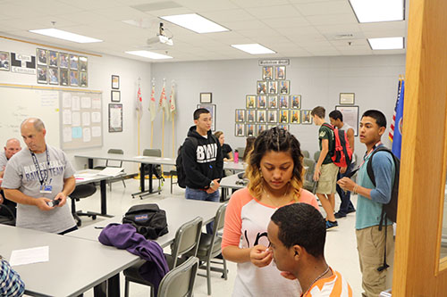 Col.+McCutcheon+and+CSM+Wilder+watch+over+students+meeting+for+JROTC.+Photo+by+Staff+Photgrapher+David+Gamboa