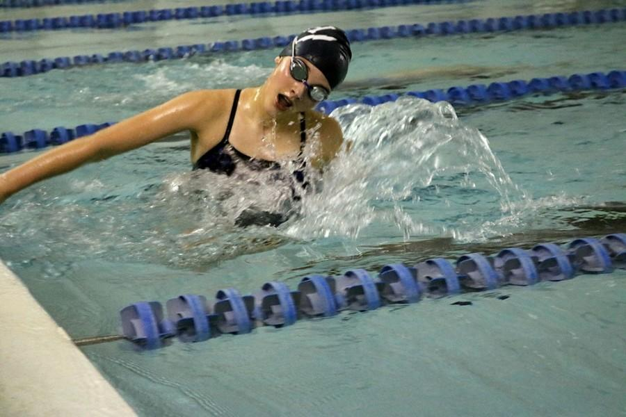 Samantha Little working to improve her time.