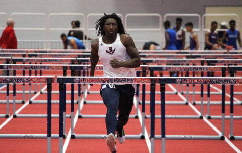 Smith sets two PRs at Liberty Premier Invitational