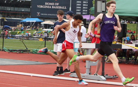 4×800 meter relay team competes at Dogwood Track Classic