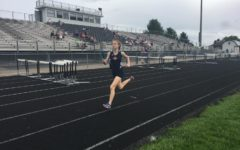 Outdoor track team competes in Valley District Championship