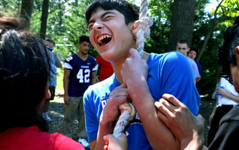 Summit Academy focuses on teamwork, support at JMU ropes course