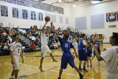 Unified Basketball hosts Spotswood, falls in fourth quarter