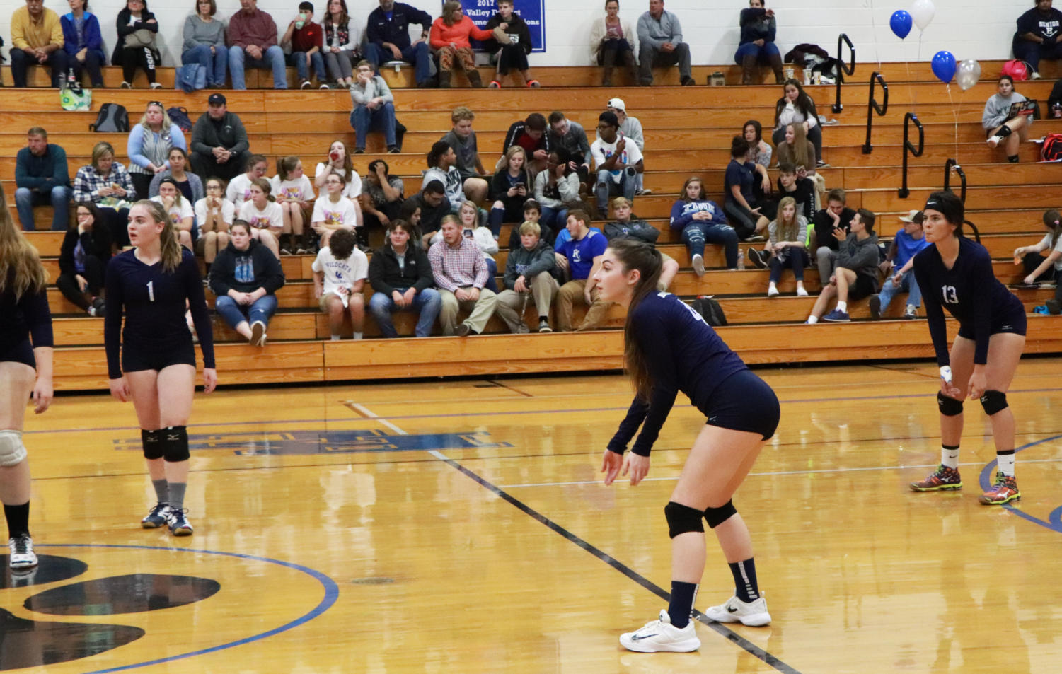 McCollum+watches+for+the+ball+to+come+over+the+net+on+a+Rockbridge+serve.+