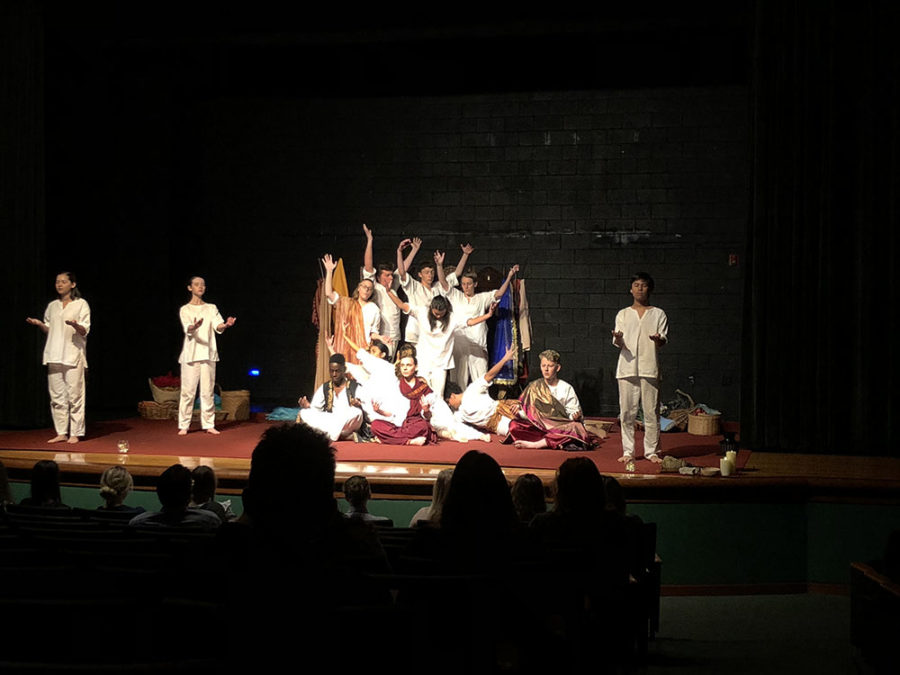 Cast+members+of+the+HHS+One+Act+Siddhartha+perform+their+show+one+last+time+at+Bishop+Sullivan+Catholic+High+School+before+heading+to+their+competition%2C+VTA.