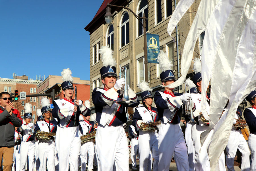 Harrisonburg marching band and JROTC march downtown for Veteran's Day parade