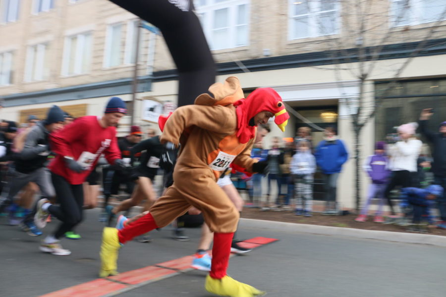 The annual Harrisonburg Turkey Trot starts off with a gobble as the first runner starts the race.