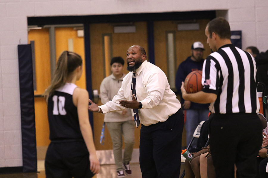 Coach Durmount Perry yells from the sideline.