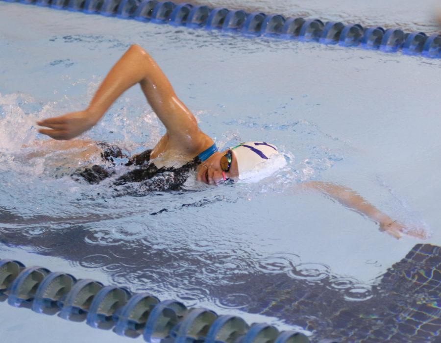 Sophomore Mia Constantin participates in the 200 freestyle.