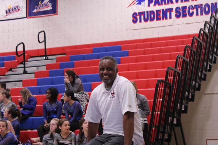 Coach+Michael+King+Smiles+after+seeing+Harrisonburg+High+School+vault+scores.+