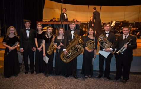 Navy Band performs with local students