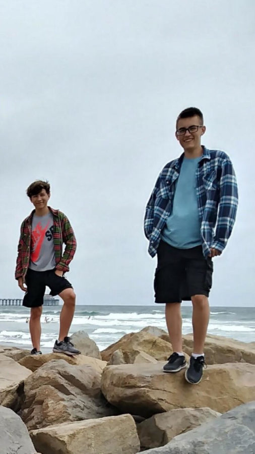 Sophomore+Thomas+Shulgan+and+Daniel+Shulgan+pose+for+a+picture+after+a+hike+along+the+pacific+ocean+in+California.+