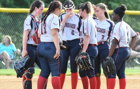 Varsity Softball suffers from back-to-back winless seasons
