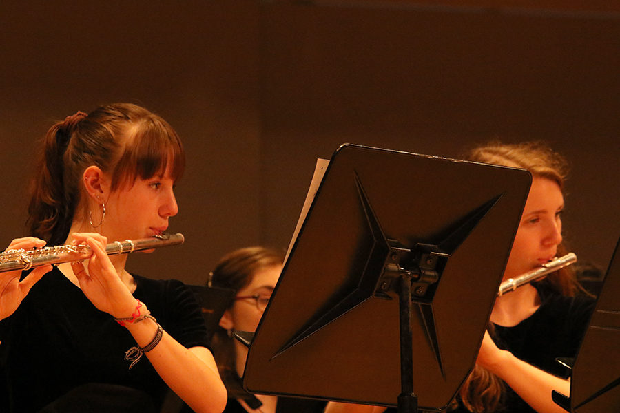 Juniors Spencer Spears (left) and Carly Corso (right) lead the Symphonic Bands flute section.