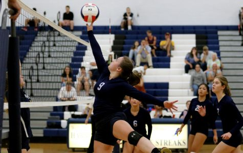 JV Volleyball faces off against Rappahannock, loses in two sets