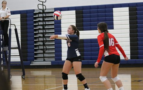Varsity volleyball falls to Rappahannock in four sets