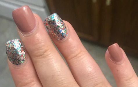 Fake nails improve beauty and confidence