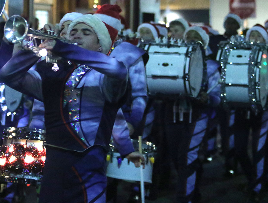 xmasparade_spears6