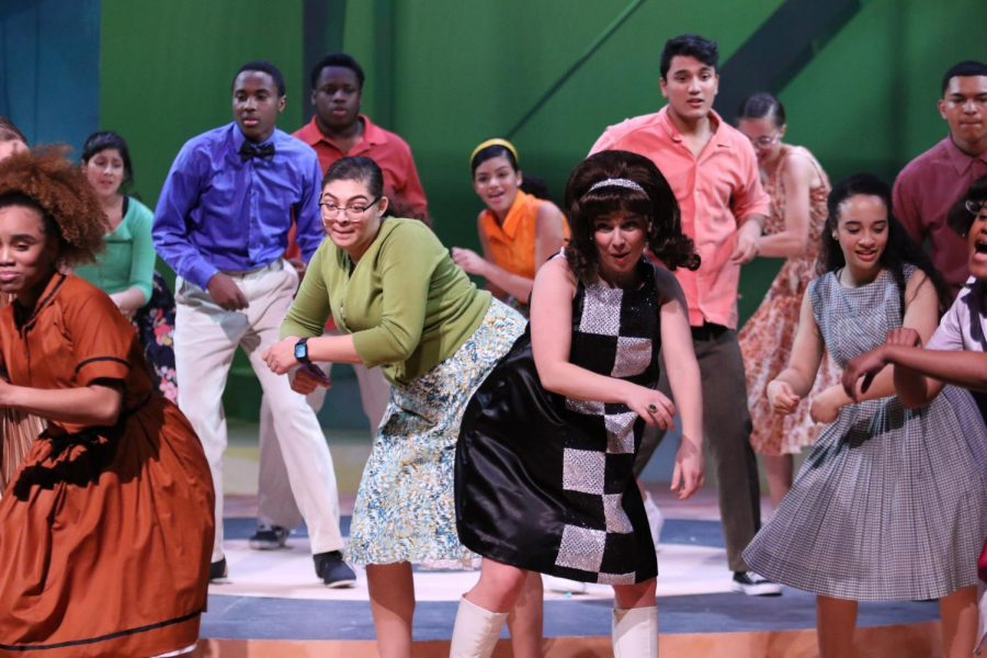 Tracy+Turnblad+dances+for+her+talent+in+the+Ms.Teen-Hairspray+at+the+end+of+the+musical.