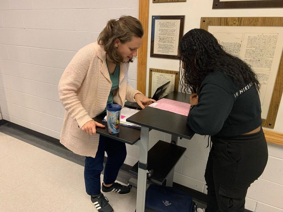 Counselor Anda Weaver helps junior Dilsy Rodriguez Sanchez schedule her classes for the 2020-2021 school year.