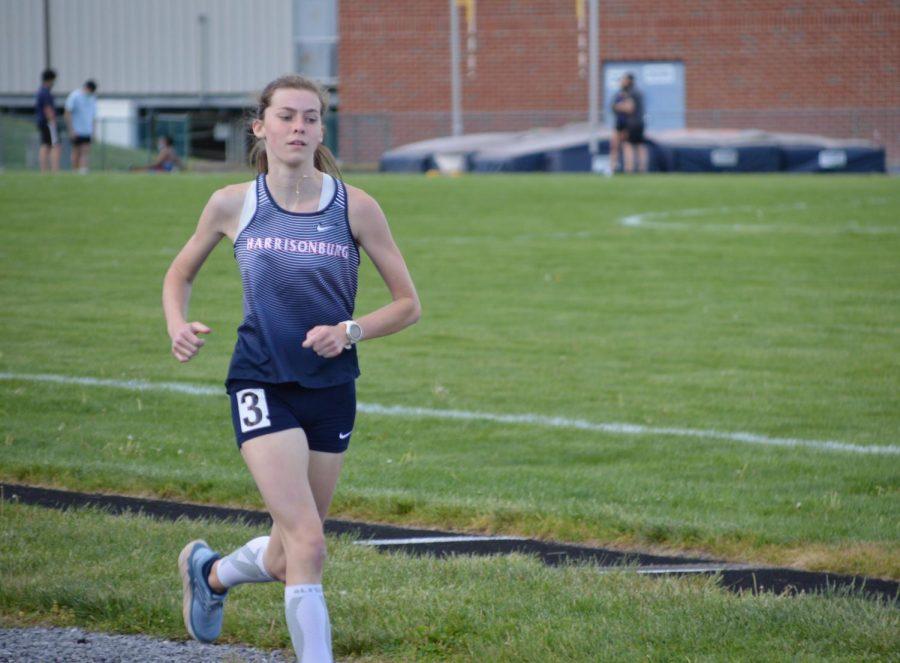 Junior Kate Kirwan runs.