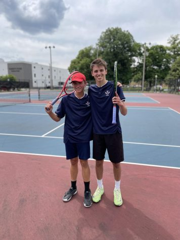 Glago, Beshoar doubles crowned regional champs, advance to states
