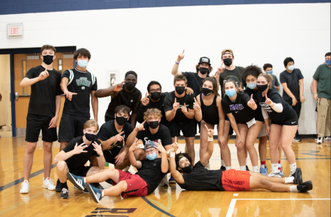Seniors defeat the juniors in king of the court