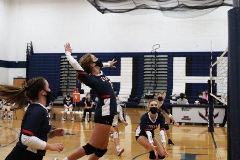 Varsity Volleyball falls to Turner Ashby